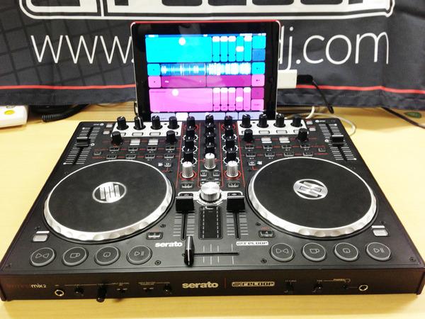 DJ-PlayerとReloopのTerminal Mix 2