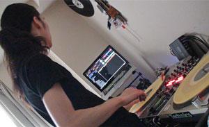 DJ TAKAKI