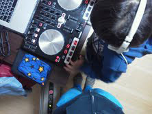 DJ練習中